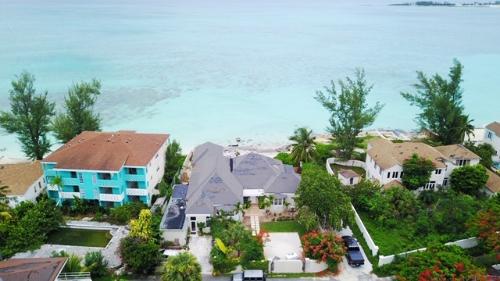Nassau,   1890000 €