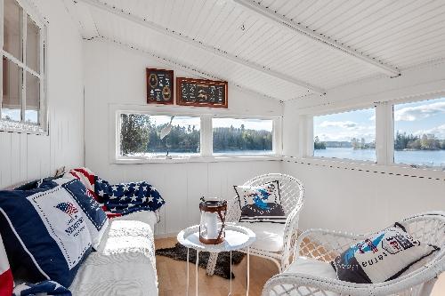 Valdermarsvik,   2575000 €