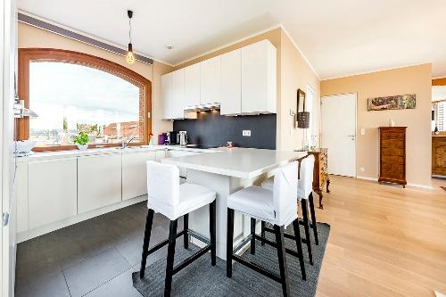 Liège,    585000 €